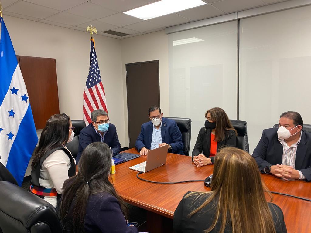 Presidente Hernández instruye a consulados en EEUU dar a conocer a connacionales las oportunidades de financiamiento que ofrece su Gobierno