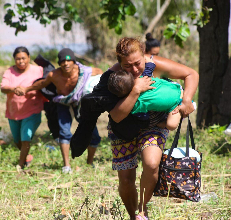 USAID envía suministros de refugio para ayudar a los hondureños afectados por los huracanes Iota y Eta