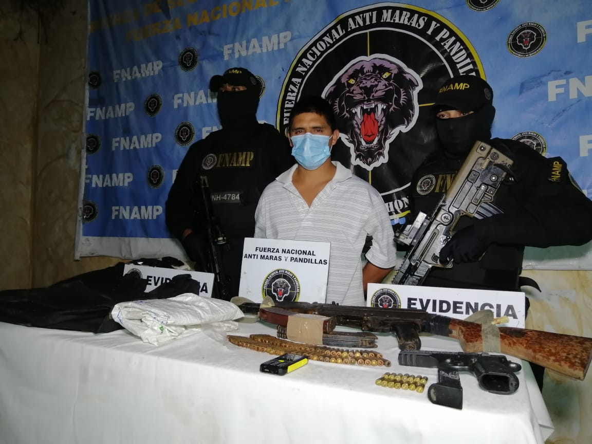 En posesión de un AK-47 FNAMP detuvo a cabecilla de la Banda Criminal denominada «El Rosario» dedicada al robo y sicariato en Comayagua
