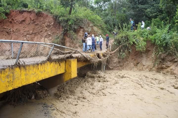 Alcaldía de Comayagua y CODEM evalúan daños ocasionados por huracán ETA y acondicionan albergues en la ciudad