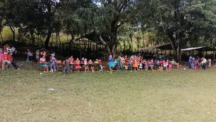 Alcaldía de Comayagua y el CODEM brindan asistencia a familias de San José de las Moras afectadas por el huracán ETA
