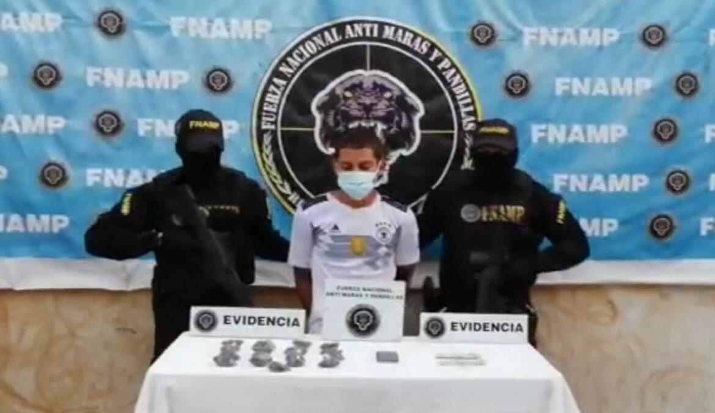 FNAMP detiene a una persona dedicada a la venta y distribución de drogas en la Col. 1 de Mayo en Comayagua