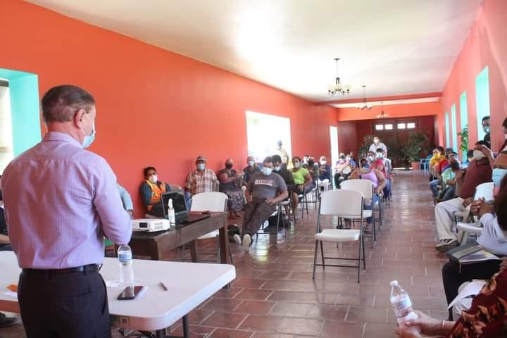 Alcaldía de Comayagua acuerda salida satisfactoria para familias que ocupan derecho de vía donde se construye bulevard a cuatro carriles en esta ciudad.