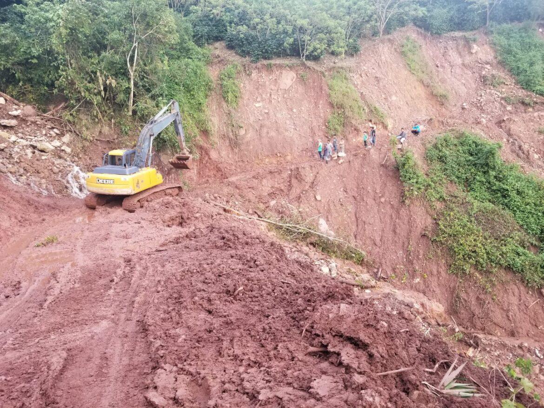 Autoridades de INSEP supervisan trabajos de infraestructura vial en Comayagua
