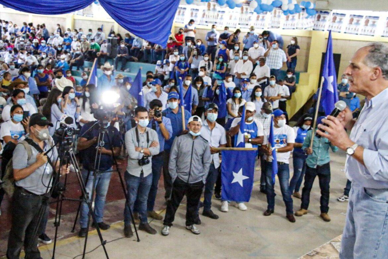 """""""No podemos seguir en pleitos, es tiempo de unirnos, Honduras nos necesita"""", apela Papi a la Orden"""