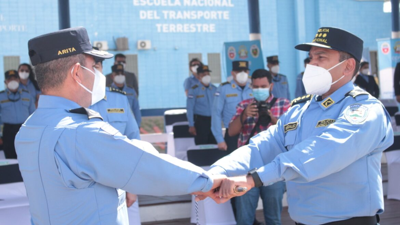 """""""Este centro de formación seguirá vigente porque ustedes lo llevan en su sangre"""": Comisionado González Zapata"""