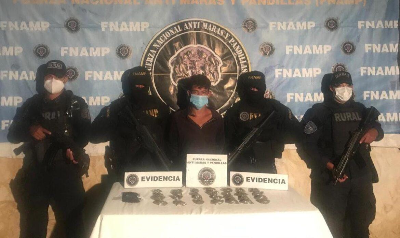 FNAMP detiene a distribuidor de drogas en el municipio de La Libertad