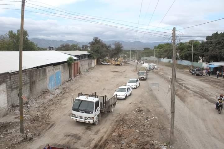Alcaldía de Comayagua logra salida armonica de familias que ocupaban derecho de vía donde se construye bulevar a cuatro carriles en esta ciudad