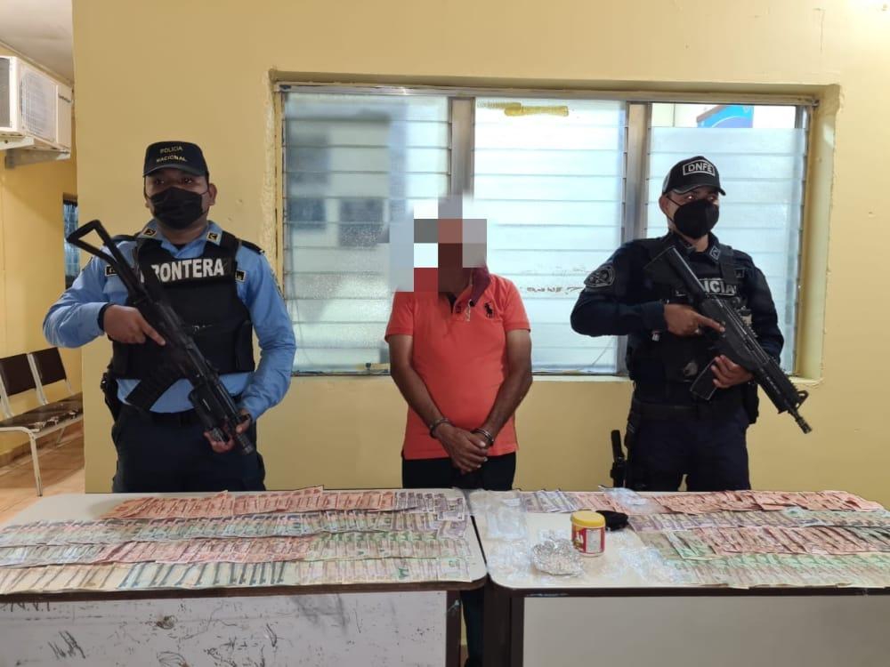 Arrestados cinco ciudadanos por la supuesta falsificación de pruebas PCR para la detección del Covid-19 en el sector de El Amatillo