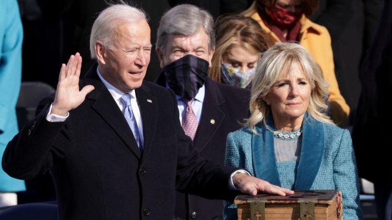 Joe Biden toma posesión como 46º presidente de Estados Unidos: «La democracia ha prevalecido»