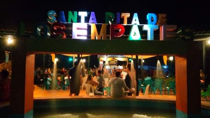 Alcaldía de Comayagua construye atractiva y moderna plaza en la comunidad de Santa Rita de Los Empates
