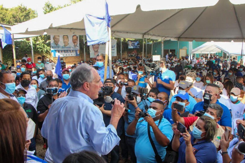 """""""No podemos descuidarnos ni un segundo en las mesas el día de las elecciones"""", pide Papi a la Orden en Olancho"""