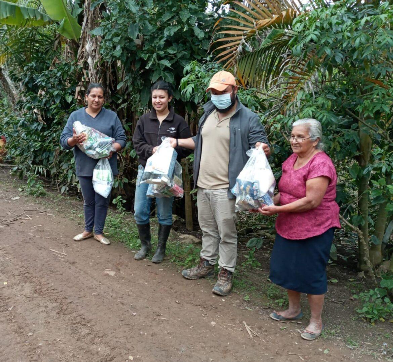 FUNDACIÓN MONTECRISTO hace entrega de donación a BECAMO para beneficiar a más de 400 familias caficultoras a nivel nacional