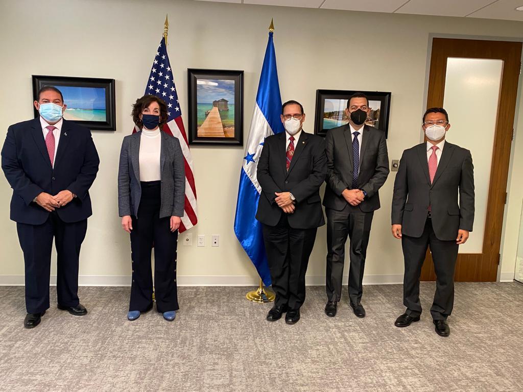 Gobierno hondureño dialoga con representantes de Biden sobre acceso a vacunas anti Covid, plan de reconstrucción y temas migratorios
