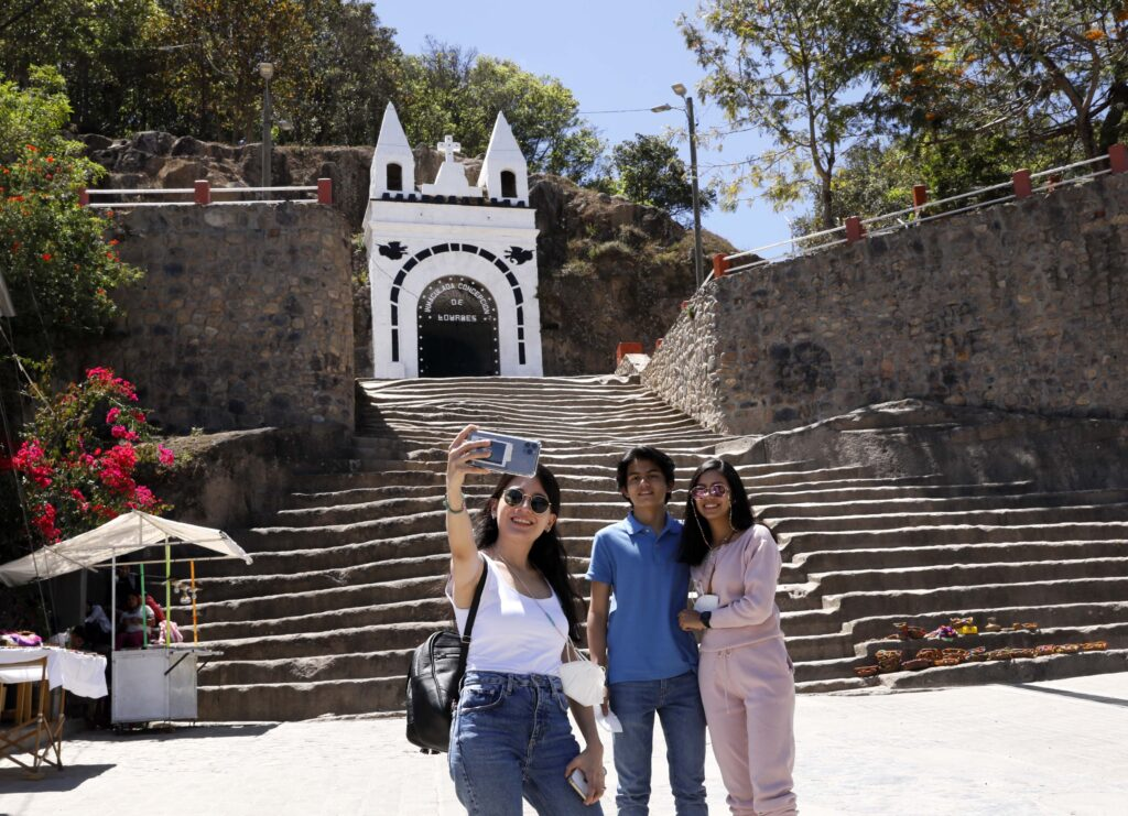 Intibucá espera a los turistas con lagunas, telares lencas y hermosos hoteles de montaña