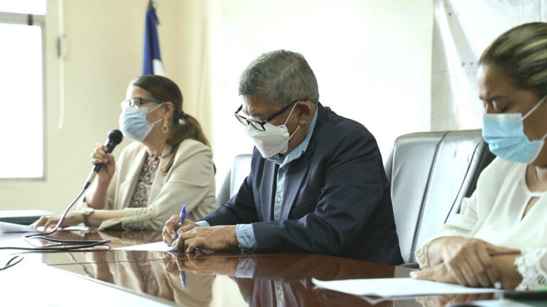 Secretaría de Salud inicia aplicación de vacuna Sputnik V en las próximas horas a trabajadores de la Salud públicos y no públicos