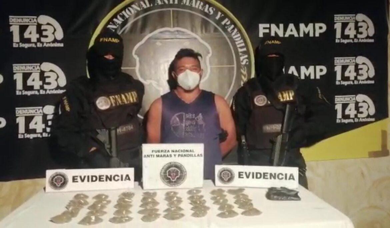 FNAMP detiene a distribuidor de drogas en la Col. 3 de Octubre en Comayagua