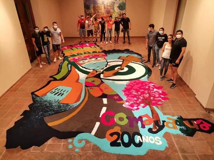 Alcaldía de Comayagua elaboró tradicional y hermosa alfombra en la casa de la cultura