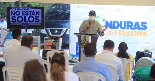 Ampliar salas para pacientes de covid-19 en Comayagua, pide el presidente Hernández