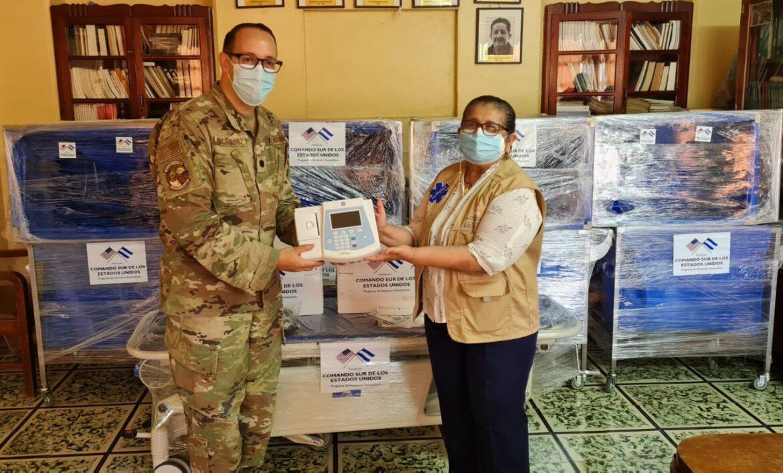 Hospital El Tórax recibe importante donación de equipo del Comando Sur de EE.UU.