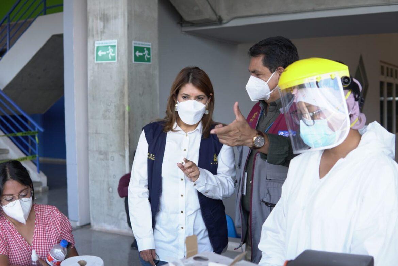 En menos de cuatro días: Secretaría de Salud vacuna a 25.200 personas a nivel nacional con segundo lote de AstraZeneca