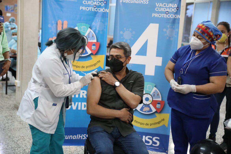 Secretaría de Salud: OMS recomienda esperar 12 semanas por segunda dosis de vacuna para mayor eficacia