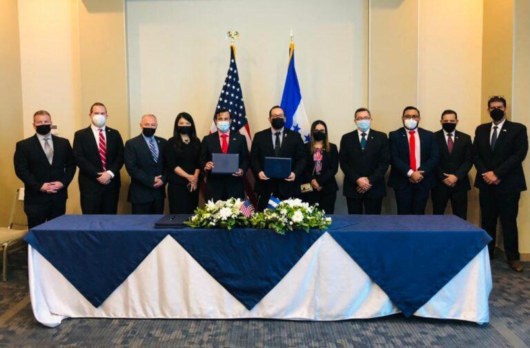 Aduanas Honduras y la Dirección de Aduanas y Protección Fronteriza de los Estados Unidos (DHS/CBP) firman memorando de entendimiento en materia de Seguridad