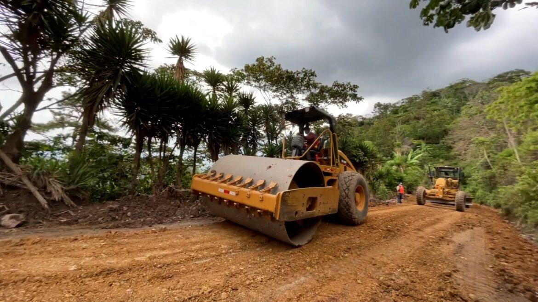 Gobierno mejora cerca de 500 kilómetros de red vial en el departamento de Comayagua