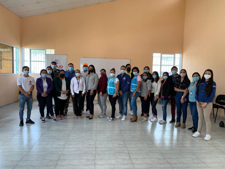 Jóvenes son capacitados por FUNADEH Y USAID en Siguatepeque