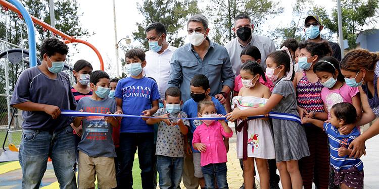 Presidente Hernández inauguró parque «La Bellota» en Siguatepeque